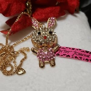 NWT BETSEY JOHNSON Girl Bunny Crystal Necklace